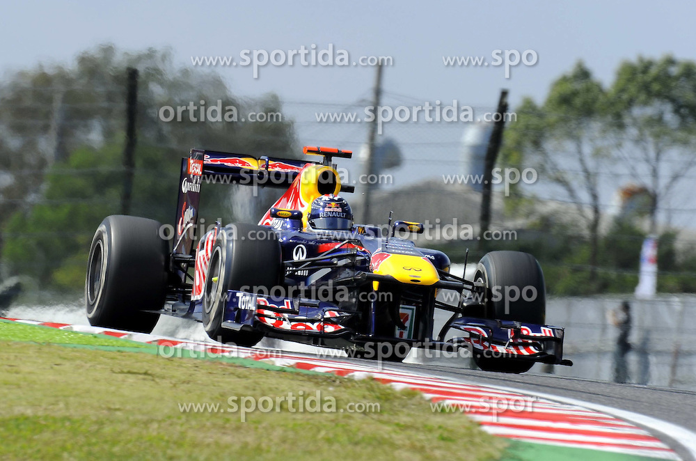 07.10.2011, Suzuka International Racing Course, Suzuka, JPN, F1, Grosser Preis von Japan, Suzuka, im Bild Sebastian Vettel (GER), Red Bull Racing // during the Formula One Championships 2011 Large price of Suzuka held at the Suzuka International Racing Course, 2011-10-07  EXPA Pictures © 2011, PhotoCredit: EXPA/ nph/  Dieter Mathis        ****** only for AUT, POL & SLO ******