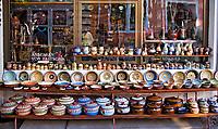 VARNA - Pottery  BALCHIK aan de Zwarte Zee in Bulgarije.  COPYRIGHT KOEN SUYK