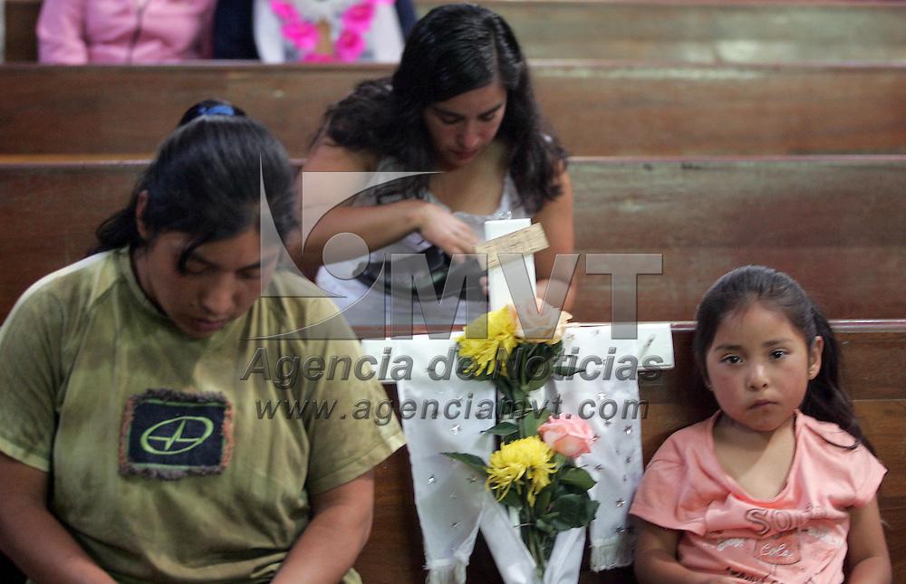 Toluca, Mex.- Se celebra el dia de la Santa Cruz con misas en diferentes iglesias y en las mismas obras donde a los alba&ntilde;iles se les llevo comida y musica. Agencia MVT / Javier Rodriguez. (DIGITAL)<br /> <br /> <br /> <br /> <br /> <br /> <br /> <br /> <br /> <br /> <br /> <br /> <br /> <br /> <br /> <br /> <br /> <br /> <br /> <br /> <br /> <br /> <br /> <br /> <br /> <br /> <br /> <br /> <br /> <br /> <br /> <br /> <br /> <br /> <br /> <br /> <br /> <br /> <br /> <br /> <br /> <br /> <br /> <br /> <br /> <br /> <br /> <br /> <br /> <br /> <br /> <br /> <br /> <br /> <br /> <br /> <br /> <br /> <br /> <br /> <br /> <br /> <br /> <br /> NO ARCHIVAR - NO ARCHIVE