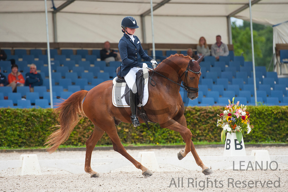 Mercedes Verweij - Gizmo<br /> KWPN Kampioenschappen 2016<br /> &copy; DigiShots