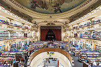 INTERIORES DE LA LIBRERIA EL ATENEO GRAND SPLENDID, BARRIO DE PALERMO, CIUDAD AUTONOMA DE BUENOS AIRES, ARGENTINA (PHOTO BY © MARCO GUOLI - ALL RIGHTS RESERVED. CONTACT THE AUTHOR FOR IMAGE REPRODUCTION)