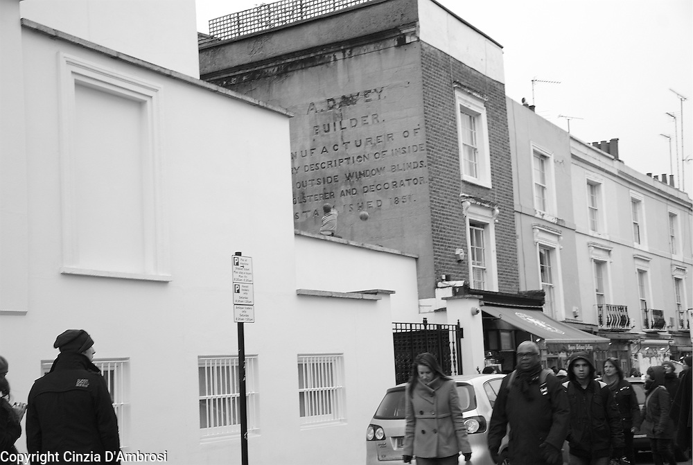 Notting Hill Gate, Portobello road.