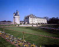 AA00400-01...FRANCE - Chateau Chanonceau and the formal gardens.