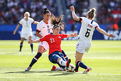 2019?6?17?.    ?????????——F??????????.    6?16???????????????????????????????????.    ???????????2019??????????F??????????3?0??????.    ?????????..(SP)FRANCE-PARIS-SOCCER-FIFA WOMEN'S WORLD CUP-USA VS CHI.Rosario Balmaceda (down) of Chile vies with Morgan Brian (up R) of the United States during a Group F match between the united States and Chile at the 2019 FIFA Women's World Cup in Paris, France, June 16, 2019. The United States won 3-0. (Credit Image: © Xinhua via ZUMA Wire)