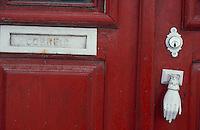 Portugal. Boite aux lettres à Cascais. // Portugal. Letter box at Cascais.