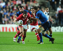 Aaron Carpenter of Canada breaches the french defence  - Mandatory byline: Joe Meredith/JMP - 07966386802 - 01/10/2015 - Rugby Union, World Cup - Stadium:MK -Milton Keynes,England - France v Canada - Rugby World Cup 2015