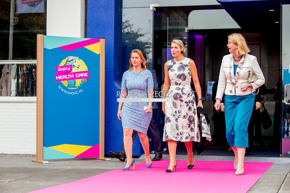 DEN HAAG - Koningin Maxima is donderdagmiddag 28 september aanwezig bij het congres World of Health Care in de Fokker Terminal in Den Haag. Tijdens deze bijeenkomst staat het verbeteren van de wereldwijde gezondheidszorg centraal. Copyright JULIA BRABANDER