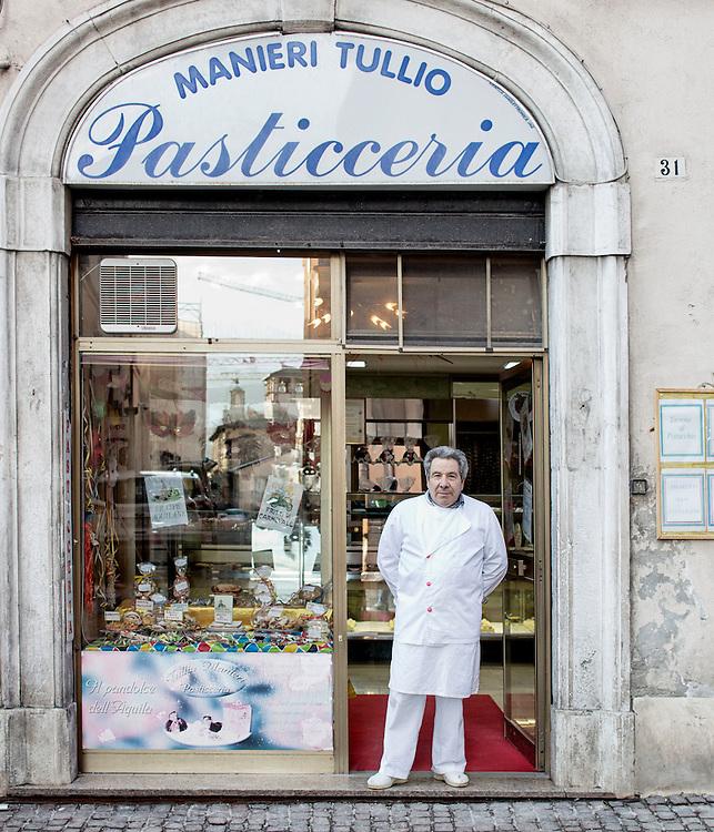 Tullio Manieri Pasticcere ha riaperto nel centro della citt&agrave;<br /> <br /> Tullio Manieri pastry chef reopened in the city center