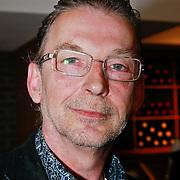 NLD/Ridderkerk/20110526 - Presentatie Helden magazine 9, Leo Driessen