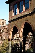 Heidelberg..Heidelberger Schloss, Schlosshof