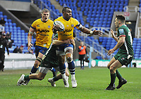 Rugby Union - 2019 / 2020 Gallagher Premiership - London Irish vs. Bath<br /> <br /> Semesa Rokoduguni of Bath takes on Terrence Hepetema of L Irish, at Madejski Stadium.<br /> <br /> COLORSPORT/ANDREW COWIE