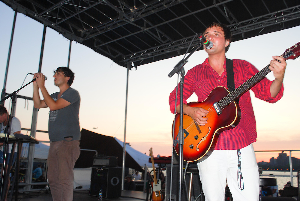 Daniel Rossen of Grizzly Bear on the guitar and vocals at the JELLY Pool Party free concert series East River State Park, Williamsburg, Brooklyn, New York, 2009