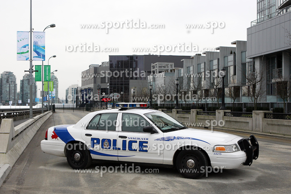 Olympic Winter Games Vancouver 2010 - Olympische Winter Spiele Vancouver 2010, safety, security, Sicherheit, police, Polizei, car, Auto, Wagen, Polizeiauto,  Photo by Malte Christians / HOCH ZWEI / SPORTIDA.com.