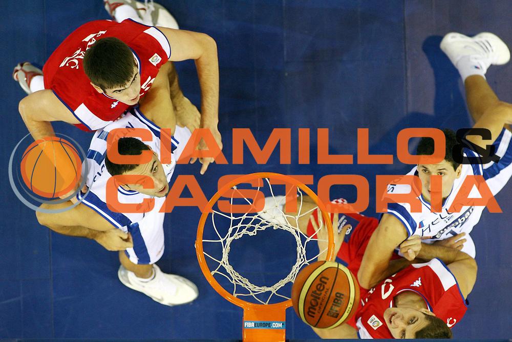 DESCRIZIONE : Madrid Spagna Spain Eurobasket Men 2007 Qualifying Round Grecia Croazia Greece Croatia <br /> GIOCATORE : Dimosthenis Ntikoudis Dimitrios Diamantidis <br /> SQUADRA : Croazia Croatia <br /> EVENTO : Eurobasket Men 2007 Campionati Europei Uomini 2007 <br /> GARA : Grecia Croazia Greece Croatia <br /> DATA : 09/09/2007 <br /> CATEGORIA : Special <br /> SPORT : Pallacanestro <br /> AUTORE : Ciamillo&amp;Castoria/M.Metlas <br /> Galleria : Eurobasket Men 2007 <br /> Fotonotizia : Madrid Spagna Spain Eurobasket Men 2007 Qualifying Round Grecia Croazia Greece Croatia <br /> Predefinita :