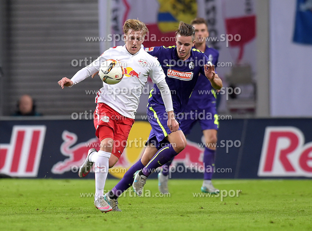 24.09.2015, Red Bull Arena, Leipzig, GER, 2. FBL, RB Leipzig vs SC Freiburg, 8. Runde, im Bild Emil Forsberg (RB) gegen Christian Guenter (SCF) // during the 2nd German Bundesliga 8th round match between RB Leipzig and SC Freiburg at the Red Bull Arena in Leipzig, Germany on 2015/09/24. EXPA Pictures &copy; 2015, PhotoCredit: EXPA/ Eibner-Pressefoto/ Ostpix<br /> <br /> *****ATTENTION - OUT of GER*****