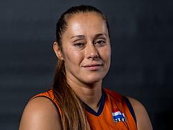 22-09-2017 NED: Portret zitvolleybalsters Oranje 2017-2018, Leersum<br /> Nederland bereidt zich voor op het komende EK zitvolleybal / Elvira Stinissen #1