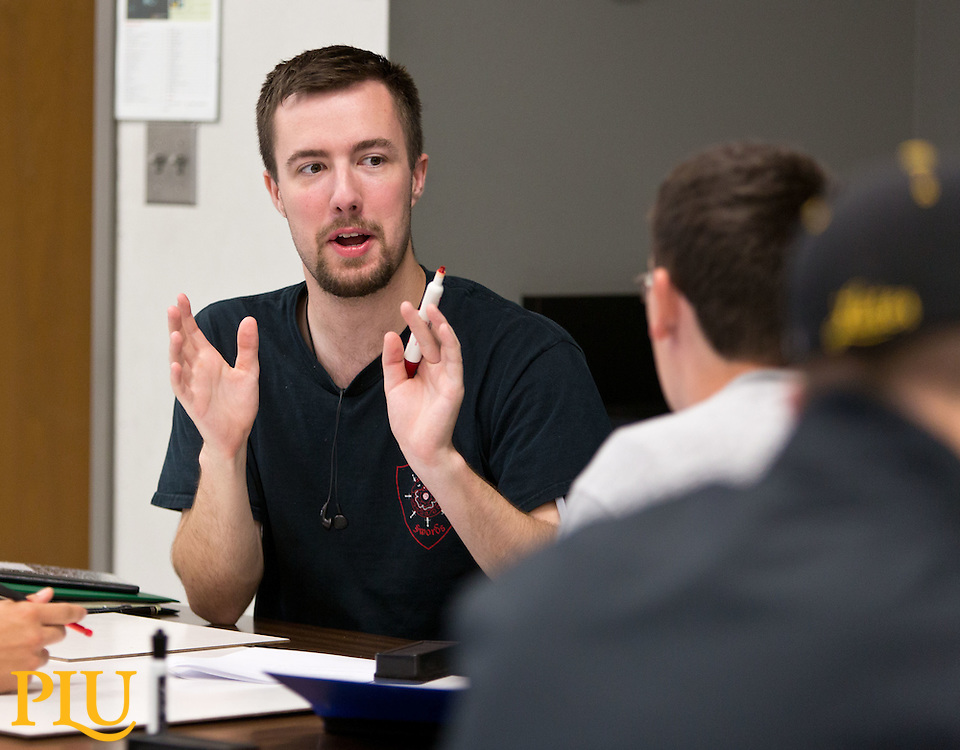 Bret Underwood, Assistant Professor of Physics, in class at PLU on Thursday, Sept. 17, 2015. (Photo: John Froschauer/PLU)