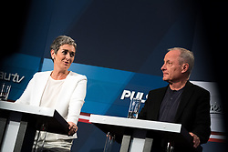 15 .10.2017, Hofburg, Wien, AUT, Nationalratswahl 2017, im Bild Grüne Spitzenkandidatin für die Nationalratswahl Ulrike Lunacek und Peter Pilz // during Austrian general elections 2017 in Vienna, Austria on 2017/10/15, EXPA Pictures © 2017, PhotoCredit: EXPA/ Michael Gruber