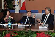DESCRIZIONE : Roma Salone D Onore del Coni Nazionale Under 18 Femminile Presentazione Libro &quot;Ragazze d'Oro&quot;, &quot;Minibasket, l'emozione, la scoperta, il gioco&quot; e &quot;Mamma, giurami che qui non c'&egrave; il terremoto&quot;<br /> GIOCATORE : Sandra Palombarini Gianni Petrucci Dino Meneghin <br /> SQUADRA : <br /> EVENTO :  Nazionale Under 18 Femminile Presentazione Libro &quot;Ragazze d'Oro&quot;, &quot;Minibasket, l&Otilde;emozione, la scoperta, il gioco&quot; e &quot;Mamma, giurami che qui non c&Otilde; il terremoto&quot;<br /> GARA : <br /> DATA : 20/12/2010<br /> CATEGORIA : Presentazione Conferenza Stampa Ritratto<br /> SPORT : Pallacanestro <br /> AUTORE : Agenzia Ciamillo-Castoria/GiulioCiamillo<br /> Galleria : Lega Basket A 2010-2011 <br /> Fotonotizia : Roma Salone D Onore del Coni Nazionale Under 18 Femminile Presentazione Libro &quot;Ragazze d'Oro&quot;, &quot;Minibasket, l&Otilde;emozione, la scoperta, il gioco&quot; e &quot;Mamma, giurami che qui non c&Otilde; il terremoto&quot;<br /> Predefinita :