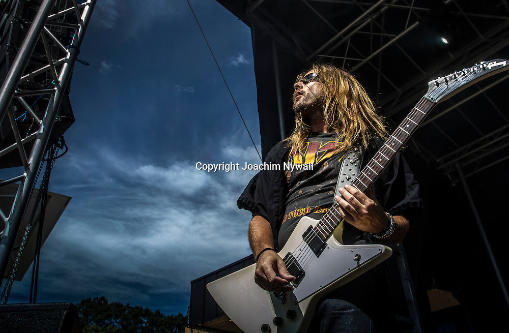 Trollh&auml;ttan 20140712 Folkets Park<br /> Vicious rock festival<br /> Electric Earth<br /> Tommy Scalisi Svensson <br /> <br /> <br /> FOTO JOACHIM NYWALL KOD:0708840825<br /> COPYRIGHT JOACHIMNYWALL.SE<br /> <br /> ****BETALBILD****<br />  <br /> Redovisas till: <br /> Joachim Nywall<br /> Strandgatan 30<br /> 461 31 Trollh&auml;ttan<br />  Prislista: BLF, om ej annat avtalats