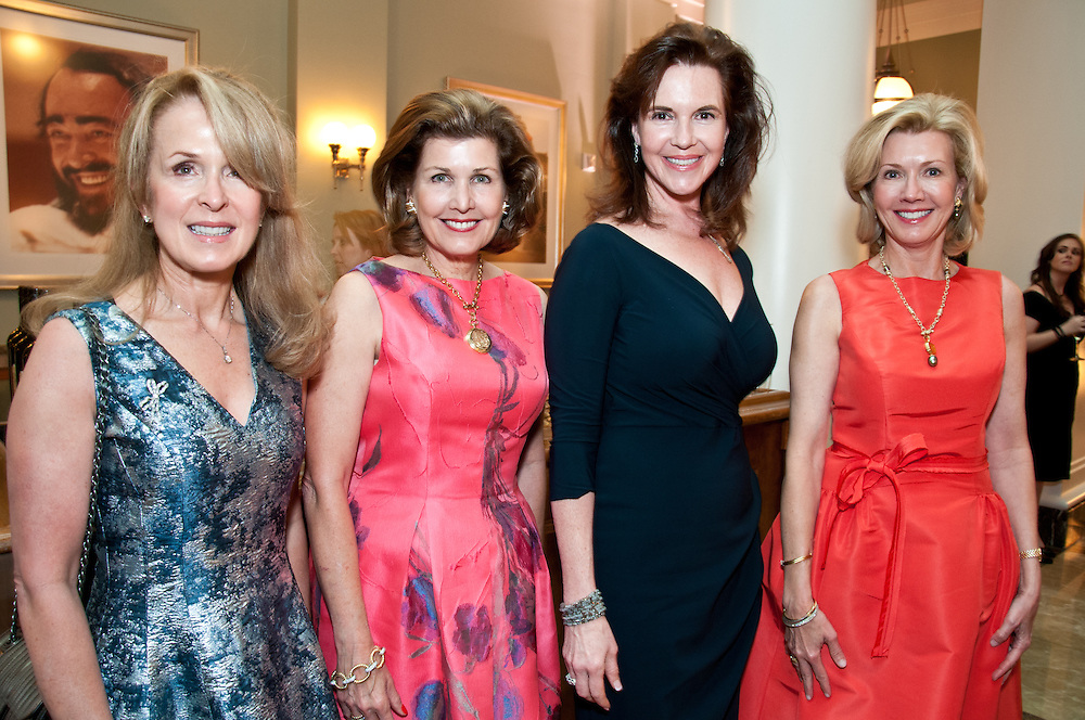 Lisa Manning, Laura Niewold, _____________, Sylvia Bradbury