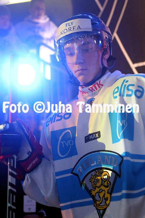 29.04.2010, Hartwall-Areena, Helsinki..J??kiekon Euro Hockey Tour 2009-10, Suomi - Ven?j?..Sami Vatanen - Suomi.©Juha Tamminen.