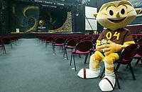 LISBOA-29 NOVEMBRO 2003: PHOTO OPPORTUNITY of the Draw hall whit the EURO 2004 mascot KINAS,29/11/2003.<br />EURO 2004 Final Draw held 30/11/2003 in Lisbon-Revenue Atlántico/park expo<br />(PHOTO BY: AFCD/NUNO ALEGRIA)