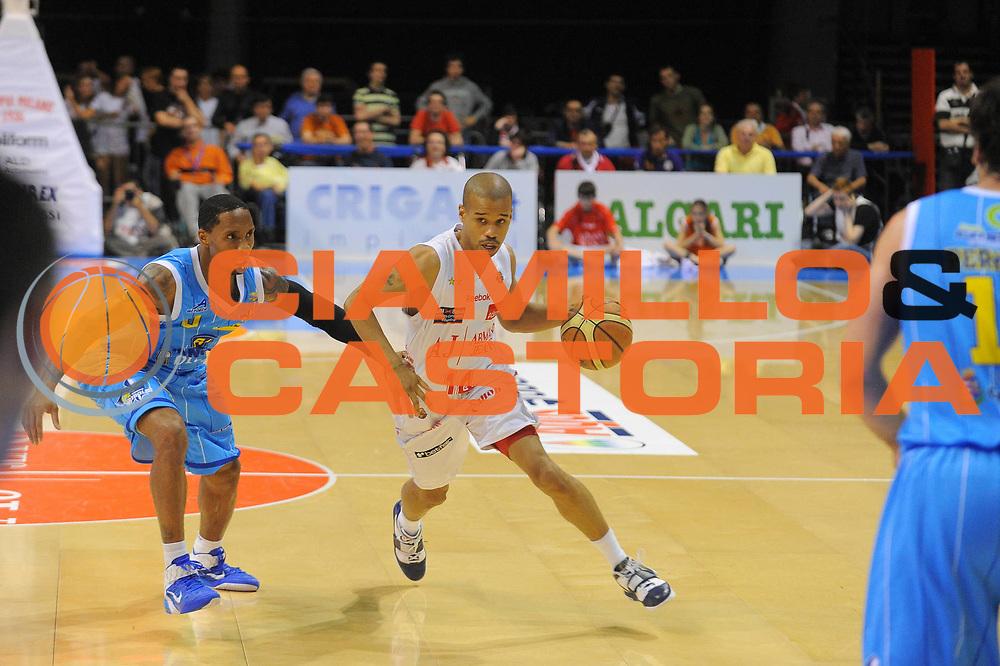 DESCRIZIONE : Milano Lega A 2010-11 Armani Jeans Milano Vanoli Braga Cremona<br />GIOCATORE : Lynn Greer<br /> SQUADRA : Armani Jeans Milano<br />EVENTO : Campionato Lega A 2010-2011<br />GARA : Armani Jeans Milano Vanoli Braga Cremona<br />DATA : 12/05/2011<br />CATEGORIA : Palleggio<br />SPORT : Pallacanestro<br />AUTORE : Agenzia Ciamillo-Castoria/A.Dealberto<br />Galleria : Lega Basket A 2010-2011<br />Fotonotizia : Milano Lega A 2010-11 Armani Jeans Milano Vanoli Braga Cremona<br />Predefinita :