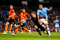 Gabriel Jesus of Manchester City takes on Andriy Pyatov of Shakhtar Donetsk - Mandatory by-line: Robbie Stephenson/JMP - 26/11/2019 - FOOTBALL - Etihad Stadium - Manchester, England - Manchester City v Shakhtar Donetsk - UEFA Champions League Group Stage