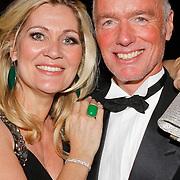 NLD/Hilversum/20120205 - Concert tbv Stichting DON, Ferdi Bolland en partner Marion Mulder