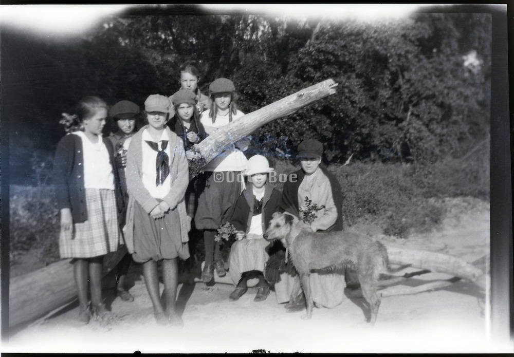 group portrait with dog USA 1920s