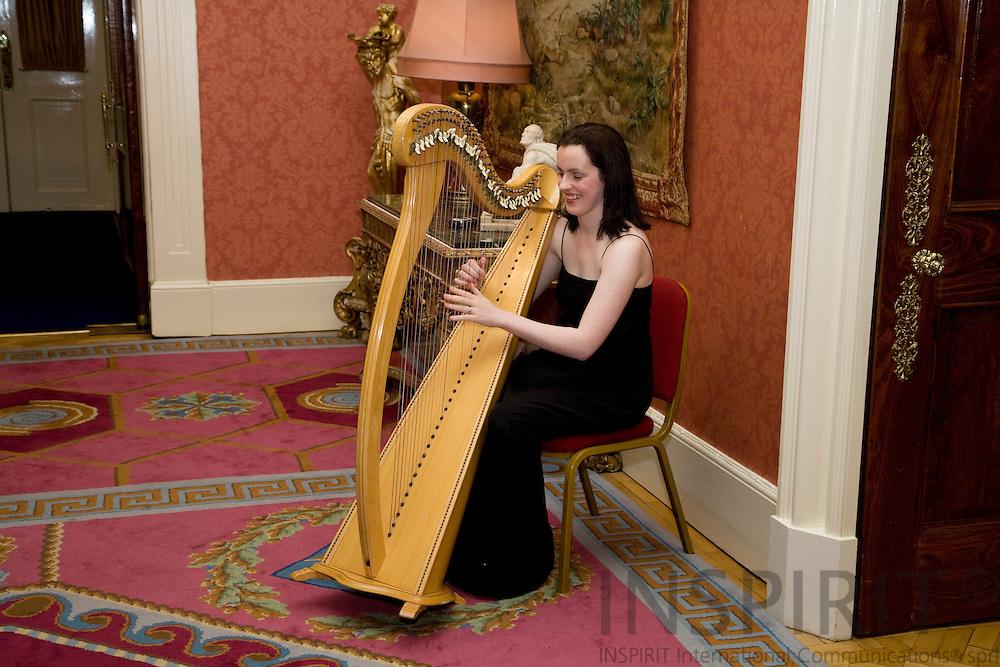 DUBLIN - IRELAND - 05 NOVEMBER 2009 -- Eurofound Forum - Global recession: Europe's way out - Dinner evening, harp music at Dublin Castle.  PHOTO: ERIK LUNTANG /  INSPIRIT