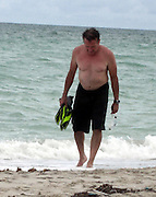 **EXCLUSIVE**.Robin Williams in Miami Beach, FL, USA .Friday, October 05, 2007.Photo By Celebrityvibe.com.To license this image call (212) 410 5354 or;.Email: celebrityvibe@gmail.com ; .
