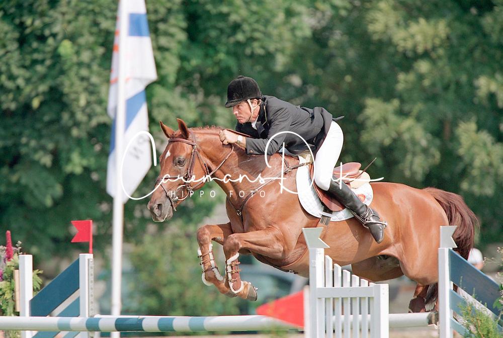 Coumans Gabriel-News<br />KWPN Paardendagen  Ermelo 2001<br />Photo &copy; Dirk Caremans