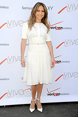 JULY 26 2013 Jennifer Lopez attends Viva Movil