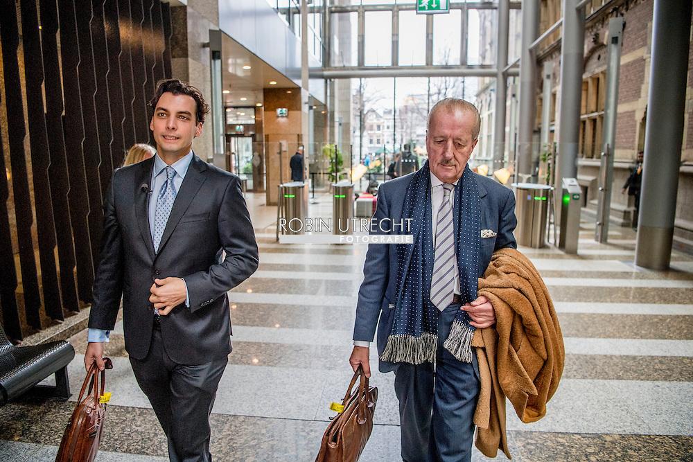 DEN HAAG - Thierry Baudet en Theo Hiddema van Forum voor Democratie geven een toelichting op het verzoek om een Parlementaire Enquete naar de Invoering van de Euro (PEURO) in de Tweede Kamer. COPYRIGHT ROBIN UTRECHT