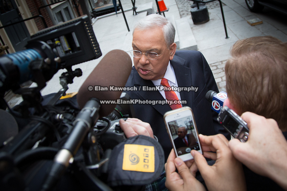 BOSTON, MASS., Mayor Menino is surronded by the media. Photo: Elan Kawesch / ElanKPhotography