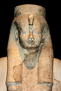 Limestone bust of Queen Ahmes-Merytamun. 18th Dynasty (approx. 1550 BC). From the Temple of Karnak in Thebes.