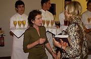 Jeanette Winterson and Daisy Garnett, 'Feast Food that celebrates Life' by Nigella Lawson book launch. Cadogan Hall, Sloane Terace. 11 October 2004. ONE TIME USE ONLY - DO NOT ARCHIVE  © Copyright Photograph by Dafydd Jones 66 Stockwell Park Rd. London SW9 0DA Tel 020 7733 0108 www.dafjones.com