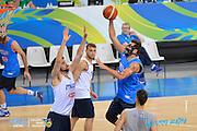 DESCRIZIONE: Torino FIBA Olympic Qualifying Tournament Allenamento<br /> GIOCATORE: Marco Stefano Belinelli<br /> CATEGORIA: Nazionale Italiana Italia Maschile Senior  Allenamento<br /> GARA: FIBA Olympic Qualifying Tournament Allenamento<br /> DATA: 08/07/2016<br /> AUTORE: Agenzia Ciamillo-Castoria