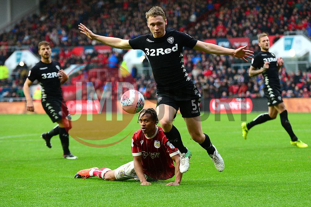 Bobby Reid of Bristol City loses out to Matthew Pennington of Leeds United - Mandatory by-line: Dougie Allward/JMP - 21/10/2017 - FOOTBALL - Ashton Gate Stadium - Bristol, England - Bristol City v Leeds United - Sky Bet Championship