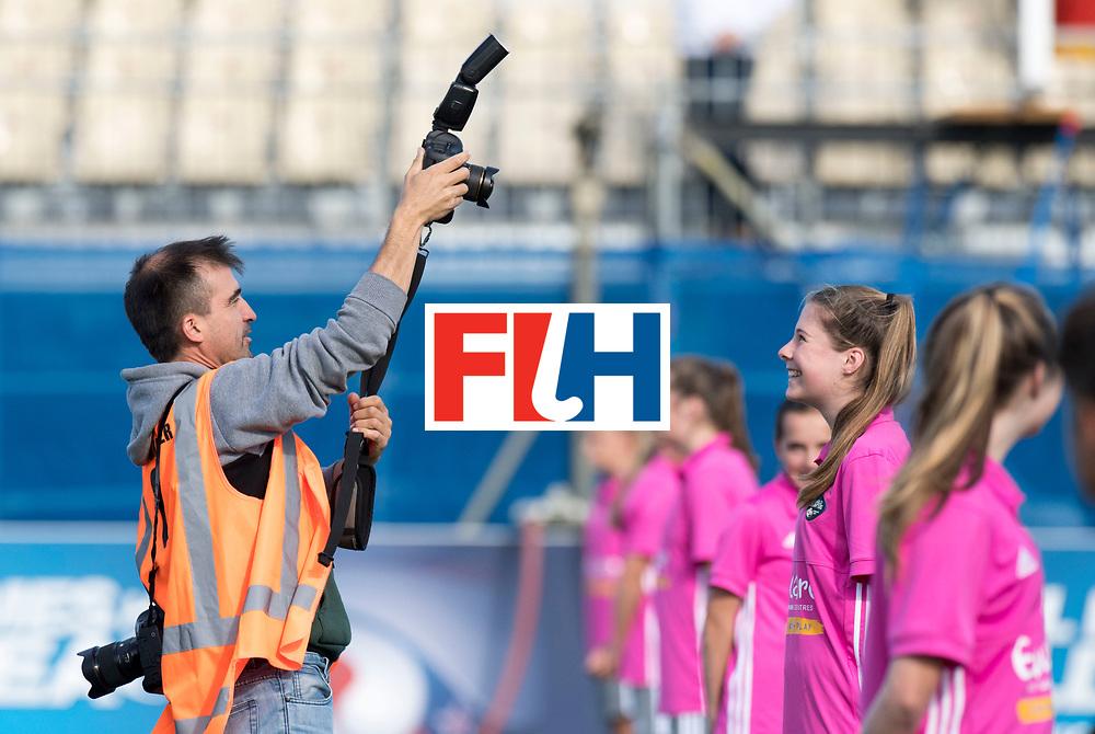 AUCKLAND - Sentinel Hockey World League final women<br /> Match id 10297<br /> 07 Germany v China<br /> Foto: Rodrigo and the ball girls/boys<br /> WORLDSPORTPICS COPYRIGHT FRANK UIJLENBROEK