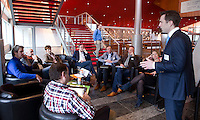 UTRECHT - Gudo Davio van de KNHB tijdens workshop. Hockeycongres bij de Rabobank in Utrecht. FOTO KOEN SUYK