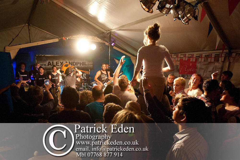 Band, Duke of York, Pub, Brando, Cowes Week, Cowes, Isle of Wight, England, UK, photography photograph canvas canvases