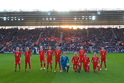 SOUTHAMPTON, ENGLAND - Friday, April 6, 2018: Wales players line-up for a team group photograph before the FIFA Women's World Cup 2019 Qualifying Round Group 1 match between England and Wales at St. Mary's Stadium. L-R Jessica Fishlock, Natasha Harding, Rhiannon Roberts, Hayley Ladd, Kayleigh Green, goalkeeper Laura O'Sullivan, captain Sophie Ingle, Charlie Estcourt, Loren Dykes, Rachel Rowe, Angharad James. (Pic by David Rawcliffe/Propaganda)