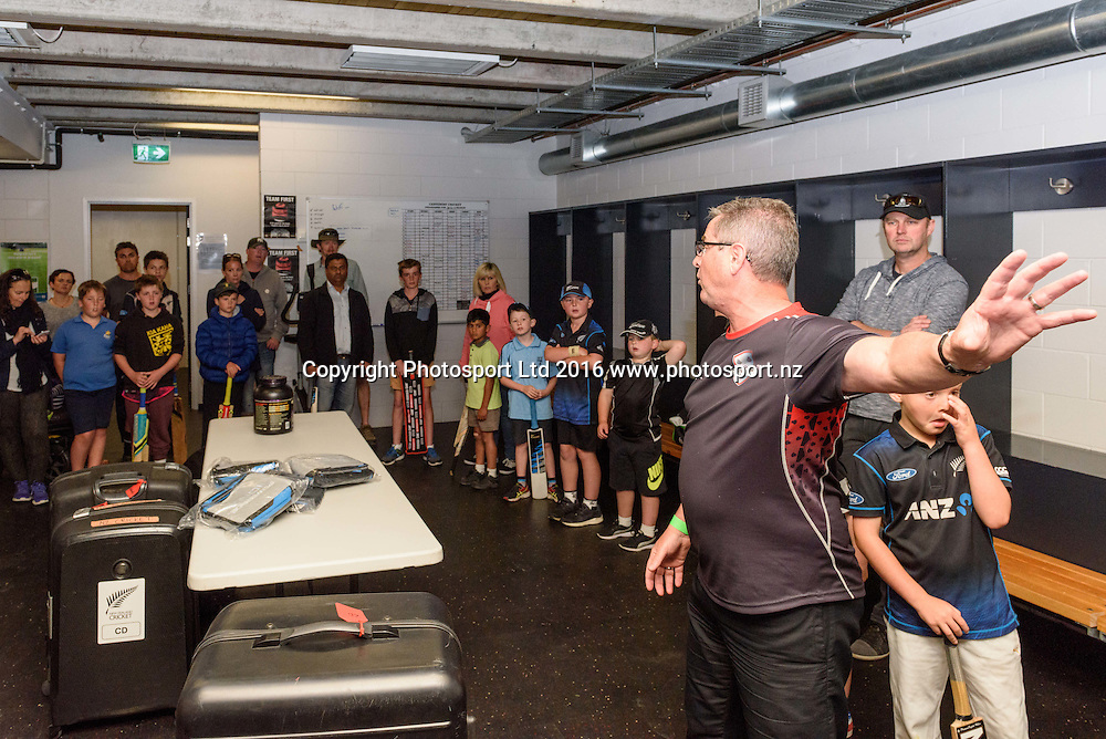 Young fans and their parents take a look at the dressing rooms during a Blackcaps Barbecue at Hagley Oval in Christchurch, New Zealand. 14 November 2016. Photo: Kai Schwoerer / www.photosport.nz
