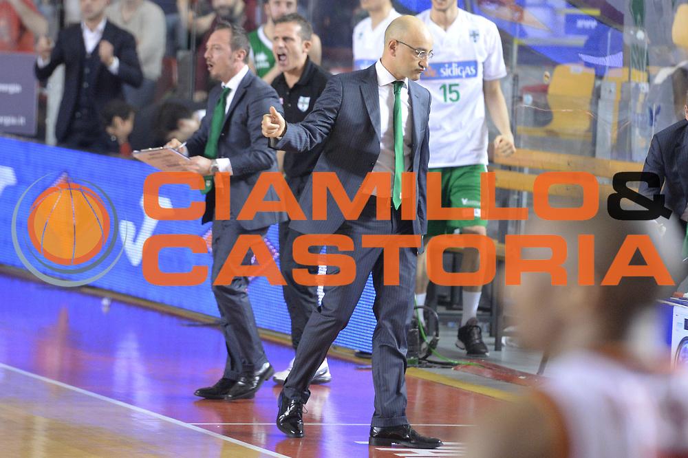 DESCRIZIONE : Campionato 2013/14 Acea Virtus Roma - Sidigas Avellino<br /> GIOCATORE : Francesco Vitucci De Gennario<br /> CATEGORIA : Allenatore Coach Esultanza<br /> SQUADRA : Sidigas Scandone Avellino<br /> EVENTO : LegaBasket Serie A Beko 2013/2014<br /> GARA : Acea Virtus Roma - Sidigas Avellino<br /> DATA : 02/02/2014<br /> SPORT : Pallacanestro <br /> AUTORE : Agenzia Ciamillo-Castoria / GiulioCiamillo<br /> Galleria : LegaBasket Serie A Beko 2013/2014<br /> Fotonotizia : Campionato 2013/14 Acea Virtus Roma - Sidigas Avellino<br /> Predefinita :