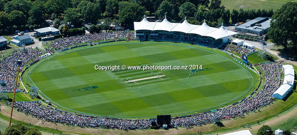 General view in the 1st day of the cricket test match, NZ v Sri Lanka, Hagley Oval, 26 December 2014. Photo:John Davidson/www.photosport.co.nz