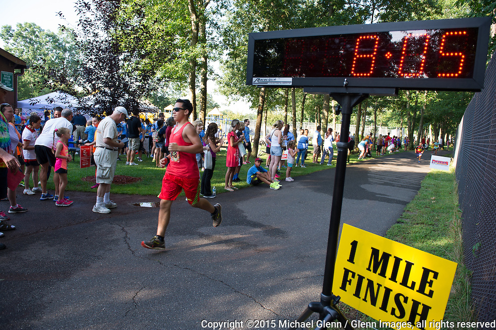 22 Aug 2015 Gillie Park New Jersey US  //  Lacey Municipal Alliance annual 5K at Gillie park // ©2015 Michael Glenn / Glenn Images, all rights reserved