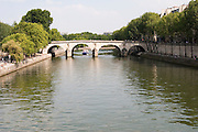 Paris, France. July 14th 2005..The Pont de Sully from the l'Ile Saint Louis..4th Arrondissement..